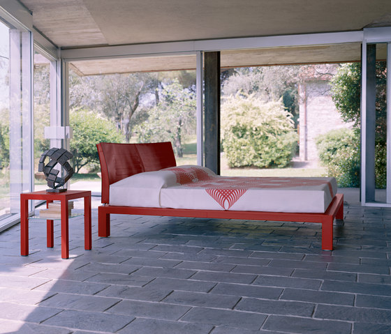 Abaco Bed by Enrico Pellizzoni | Double beds