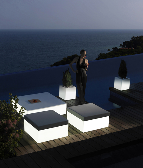 Quadrat by Vondom | Garden stools