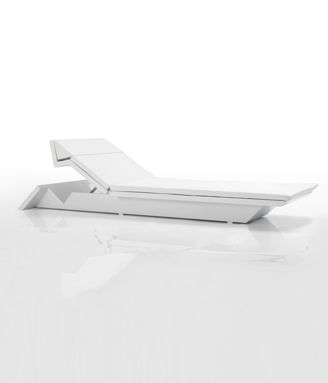 Rest daybed by Vondom | Sun loungers
