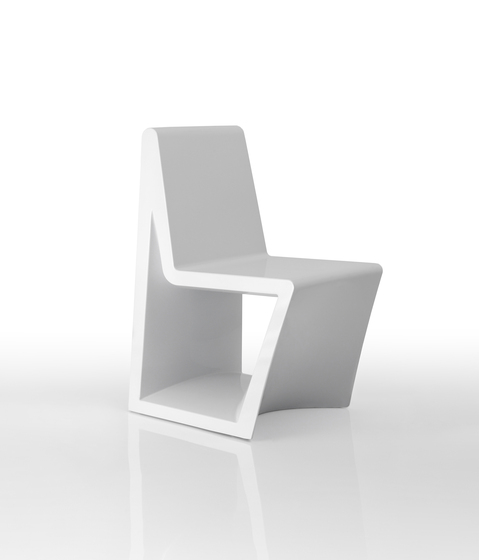 Rest chair by Vondom | Garden chairs
