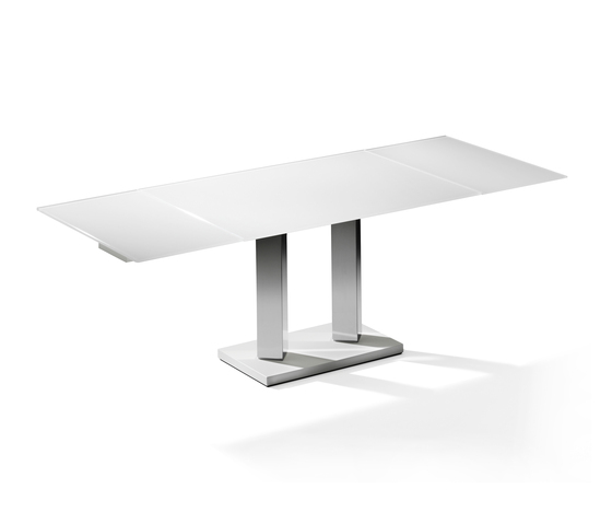 KING II couch table by die Collection | Dining tables