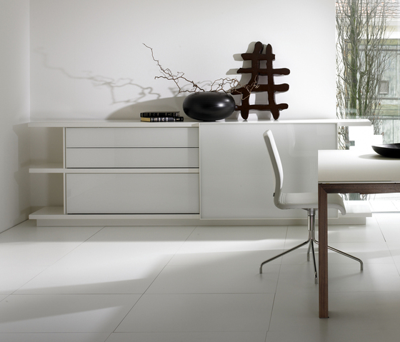 Piano 07.002 by Kettnaker | Sideboards