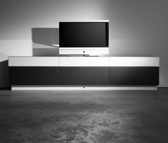 Soma 09.023 by Kettnaker | Multimedia sideboards