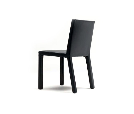 Trama Chair by Enrico Pellizzoni | Restaurant chairs