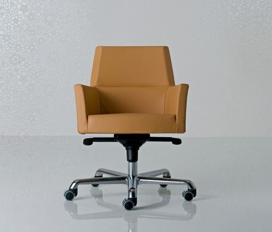 Web Swivel armchair von Enrico Pellizzoni | Managementdrehstühle