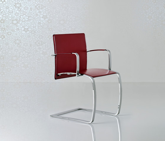 Zen Chair by Enrico Pellizzoni | Visitors chairs / Side chairs