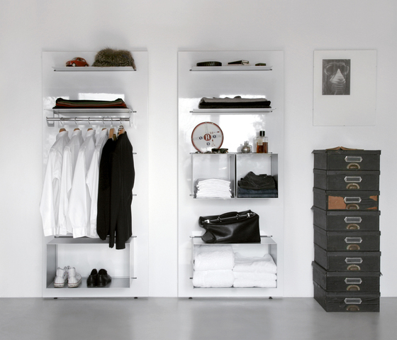 Slide 6/8 wall unit by Serafini | Wall storage systems