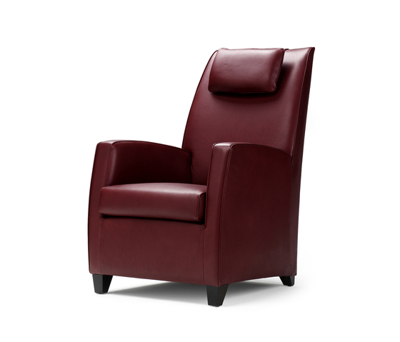 Butler High Armchair von Bench | Sessel