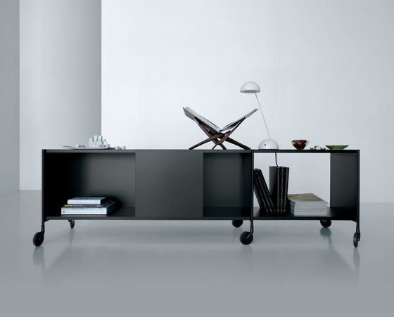 XY 02 B by Extendo | Sideboards