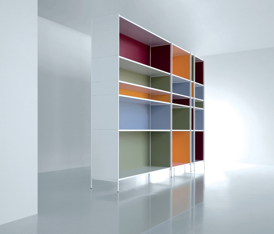 XY 04 by Extendo | Library shelving systems