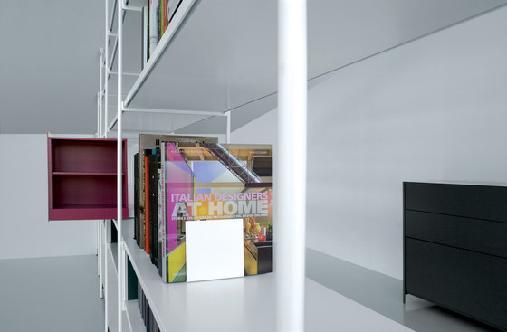 XY 07 A by Extendo | Library shelving systems