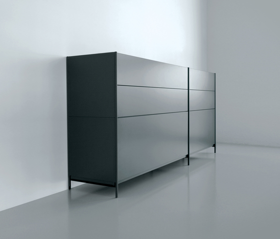 XY 07 B by Extendo | Sideboards