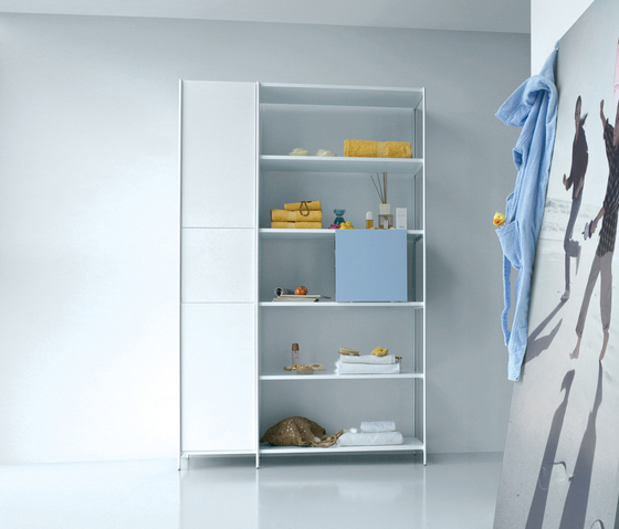 XY 17 by Extendo | Wall cabinets