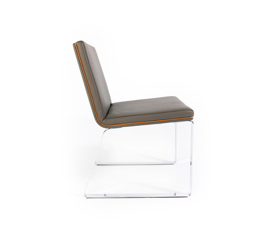 Easy Chair Leather by Odesi | Visitors chairs / Side chairs