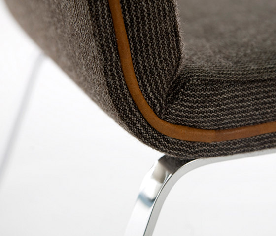 Easy Chair Wool di Odesi | Sedie visitatori