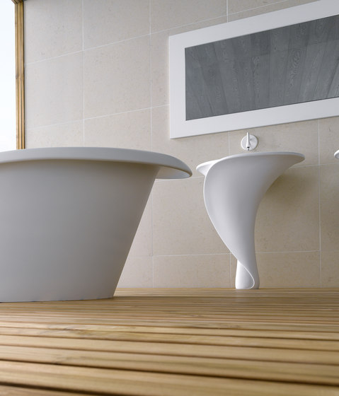 Kalla by Mastella Design | Wash basins