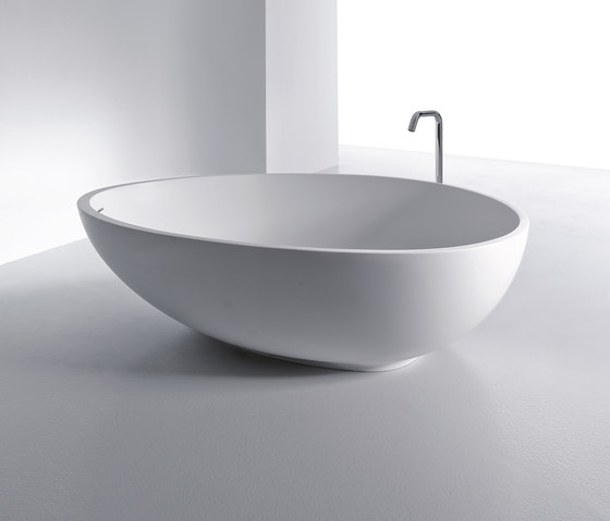 VOV by Mastella Design | Free-standing baths