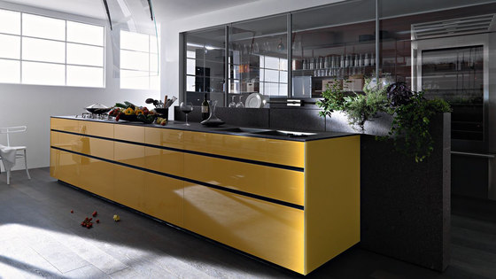 Artematica Vitrum I Giallo Terra by Valcucine | Fitted kitchens