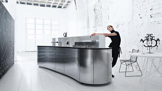 Artematica Curva | Edelstahl von Valcucine | Kücheninseln