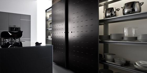 Riciclantica Laminato | Alluminio Rigato by Valcucine | Fitted kitchens