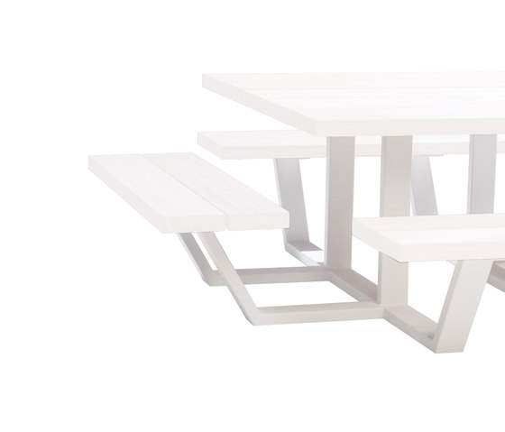 Carré by CASSECROUTE | Canteen tables