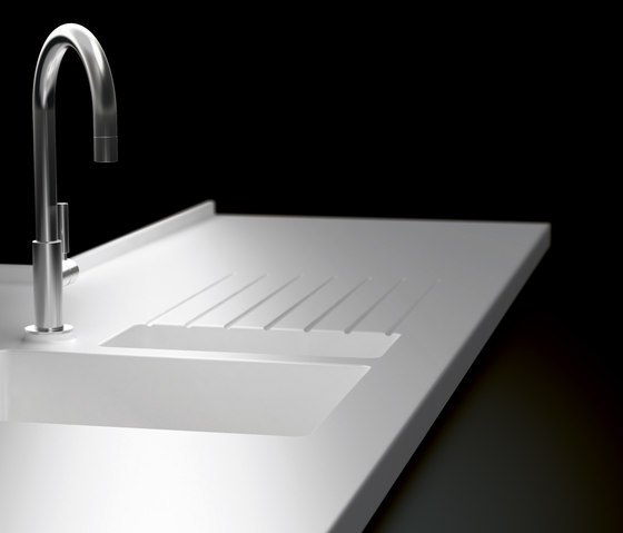 Kitchen sinks Kitchen products Worktops made of Corian?