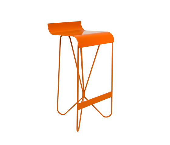 Topic barstool by Nolen Niu | Bar stools
