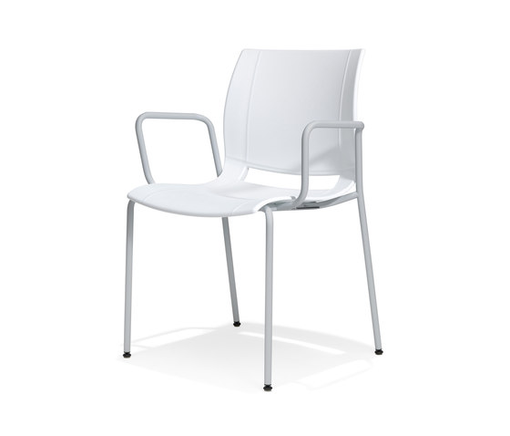 2006/4 uni_verso by Kusch+Co   Visitors chairs / Side chairs