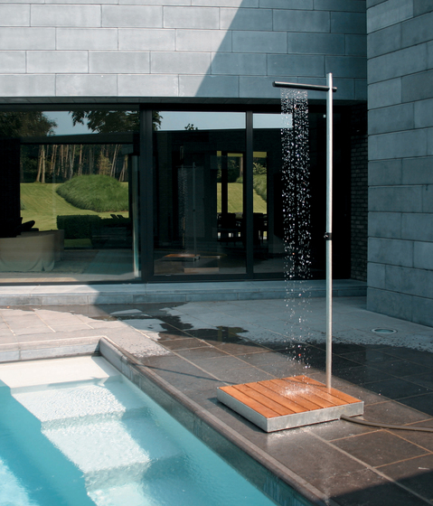 Cascade by TRADEWINDS | Outdoor showers