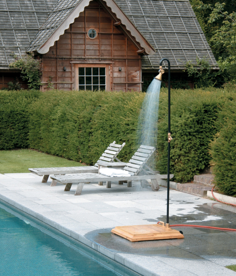 Show'r by TRADEWINDS | Outdoor showers