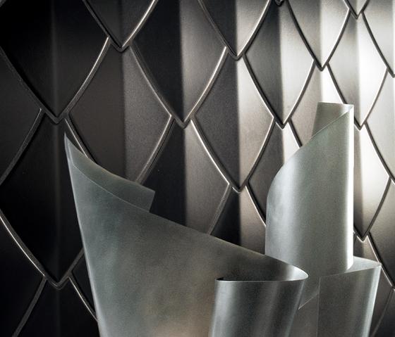 Snake - Black by Kale | Ceramic tiles