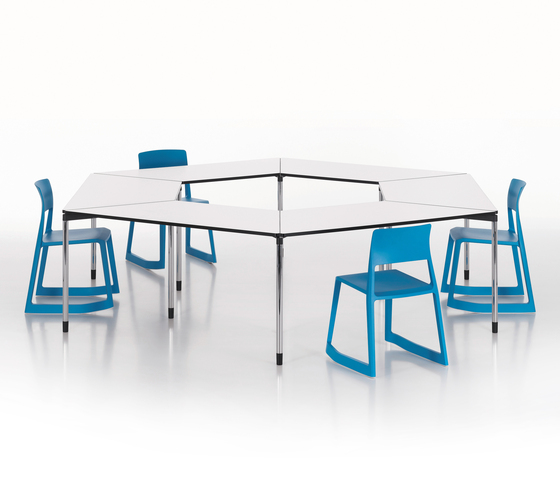 Map Table by Vitra | Contract tables