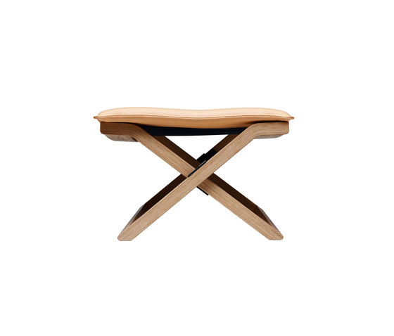 Cruiser stool by Swedese | Poufs