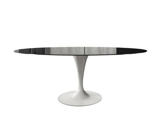 Flûte Elliptical by Sovet | Restaurant tables