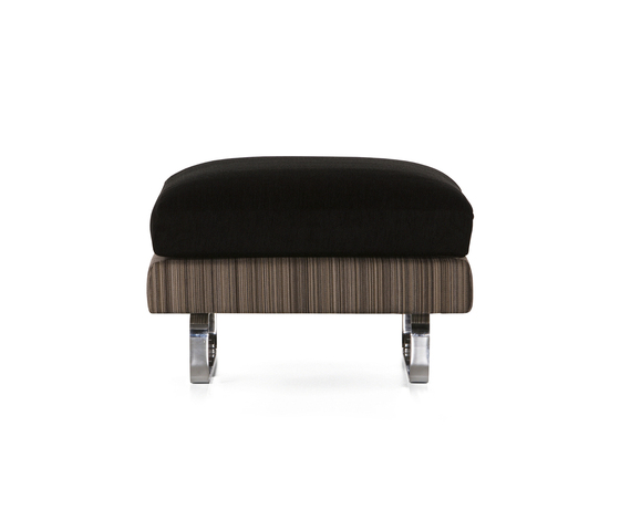 boutique manga Footstool by moooi | Poufs