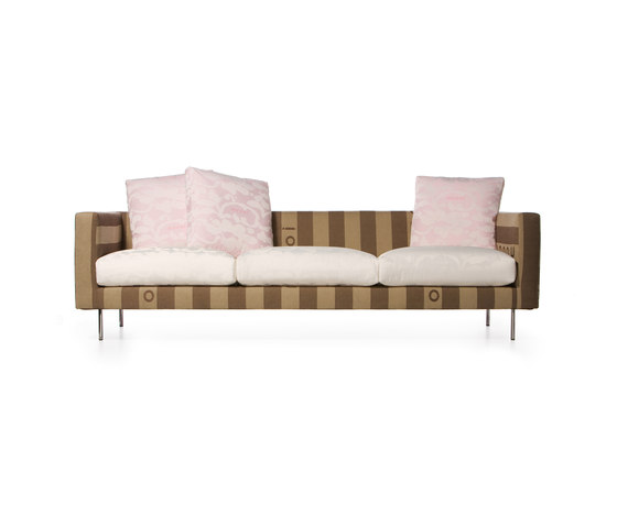 boutique naked Triple seater by moooi | Sofas