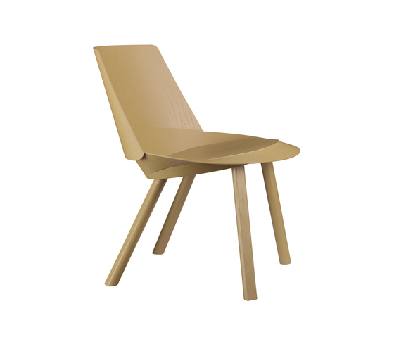 EC04 LEO by e15 | Armchairs