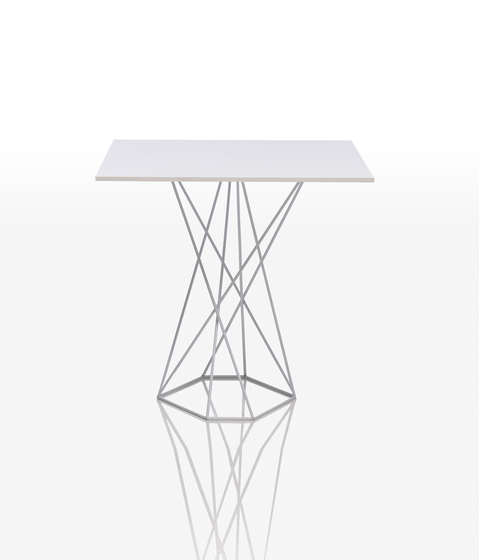 Faz table by Vondom | Dining tables
