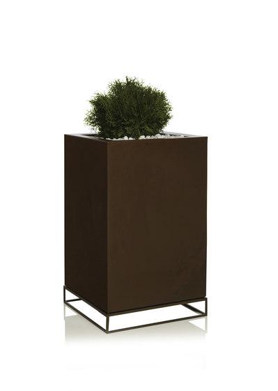 Vela Cubo Alto by Vondom | Flowerpots / Planters