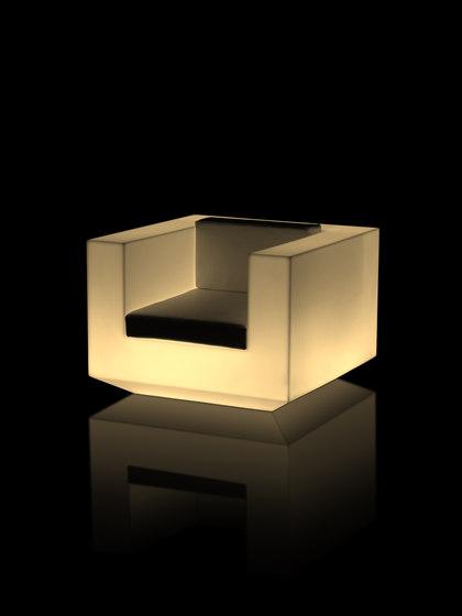 Vela Llum armchair di Vondom | Poltrone da giardino