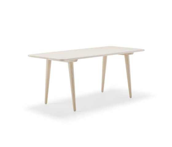 CH011 by Carl Hansen & Søn | Lounge tables