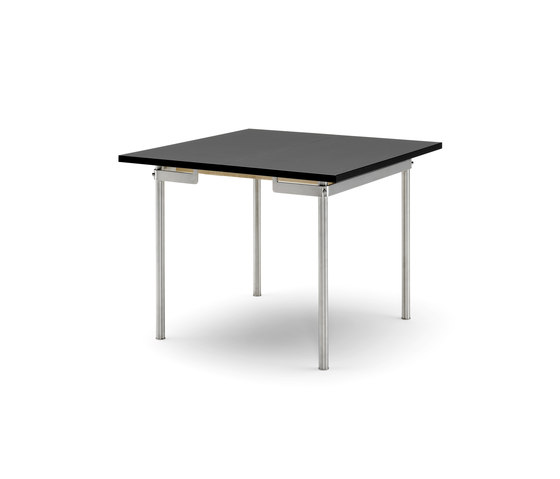 CH303 by Carl Hansen & Søn | Dining tables