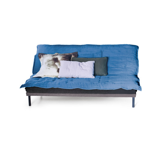 Chubby Chic Sofa Bed di Diesel by Moroso | Divani letto