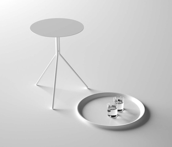 Please side table de Desalto | Mesas auxiliares