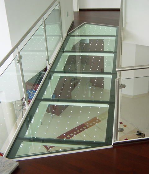 powerglass® walkable glass / glass bridge di Peter Platz Spezialglas | Pavimenti in vetro