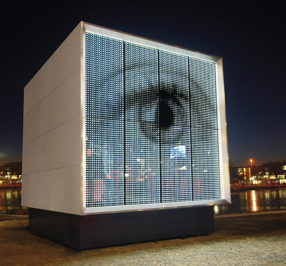 powerglass® media façade: Cube by Peter Platz Spezialglas | Facade cladding