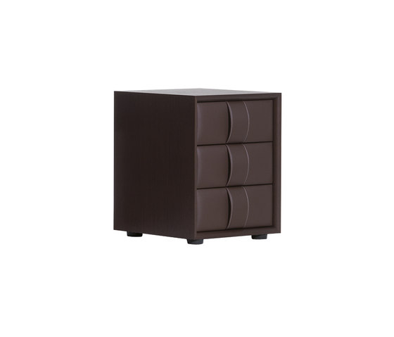 Obi by Poltrona Frau | Night stands