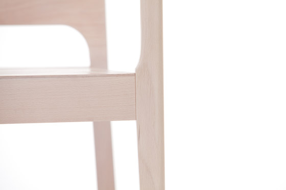 911 Armchair by TON | Restaurant chairs
