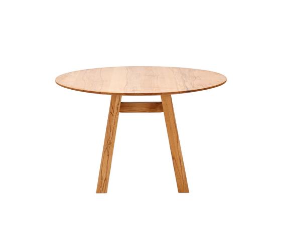 SLIGHT round table by Holzmanufaktur | Restaurant tables