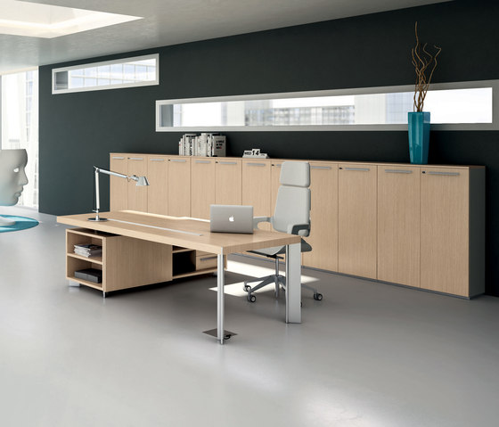 DV903-Tay 2 by DVO | Individual desks